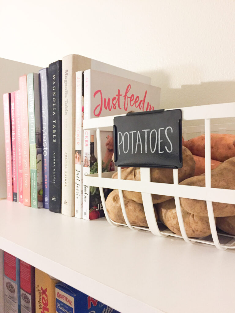 Stay Organized Without Compromising Your Interior Design